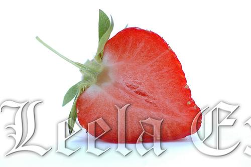 FRUITS : STRAWBERRY