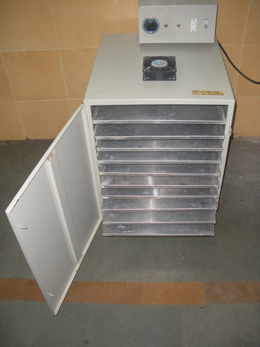 Tray Dryer Machines