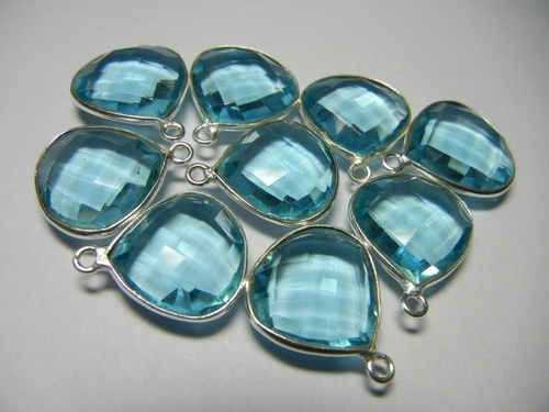 Sky Blue Quartz Bezel Set Gemstone Connector Selling Per Piece