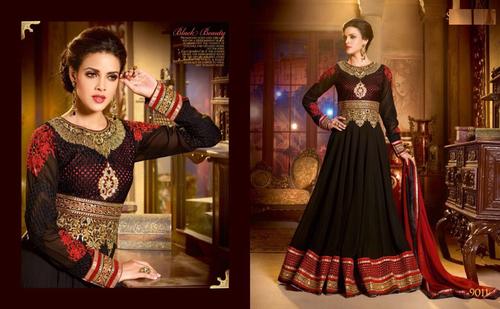 Stylish Black Anarkali Shuit