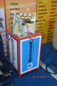 PORTABLE REFRIGERANT CHARGING MACHINE