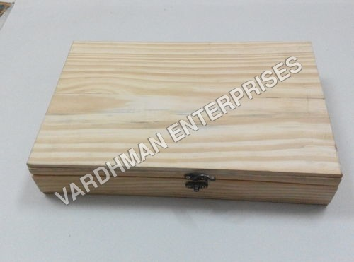Newzland Pine Box