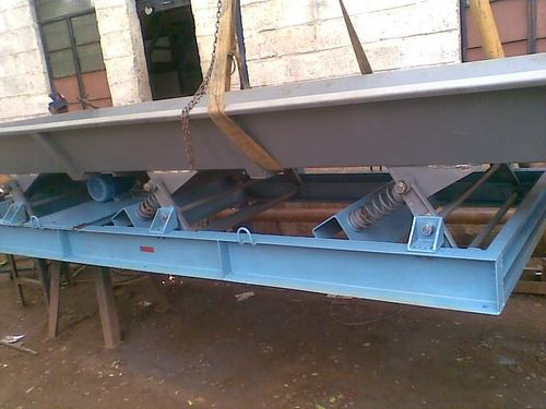 Industrial Vibrating Conveyor