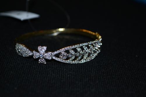 Stylish Artificial Bracelet