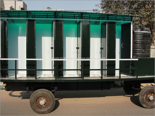 8 Seater Mobile Toilet
