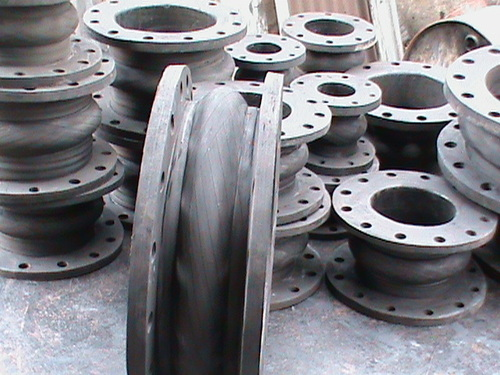 Rubber expansion bellow