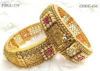 New Fashionable Gold Plated Bangles