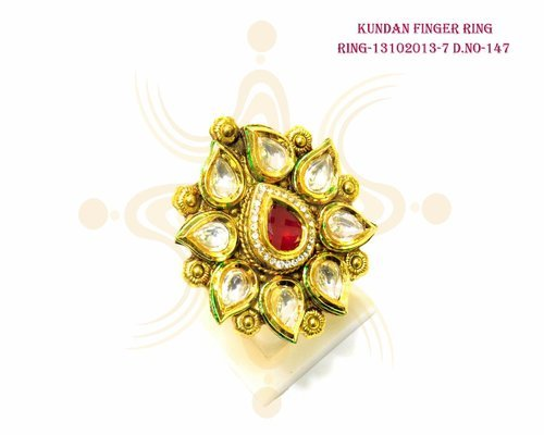 Pan Shape Kundan Finger Ring
