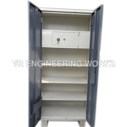 Open Shelf Almirah