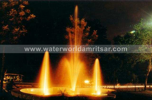 FLOATING FOUNTAINS WITH LIGHT EFFECTS