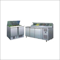 Refrigerated Saladette Counter