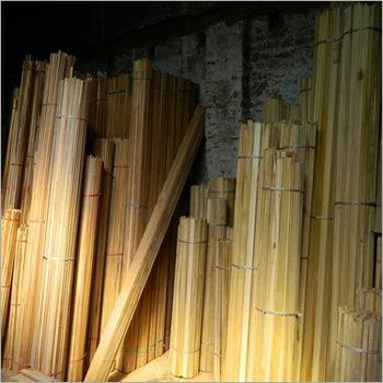 Stylish Wooden Margins