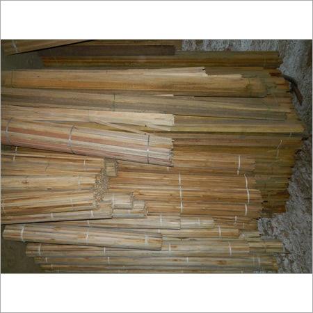 Compact Wooden Margins