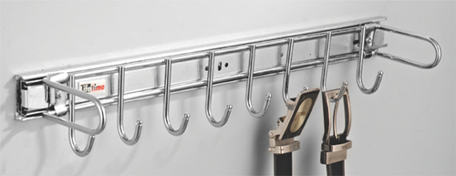 Hook Rail Pull-Out
