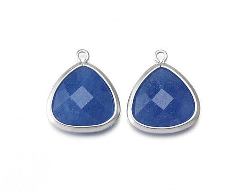 Sapphire gemstone connector