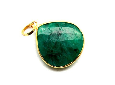 Dyed Emerald Gemstone Pendants