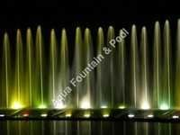 Adjestible stright jet fountain
