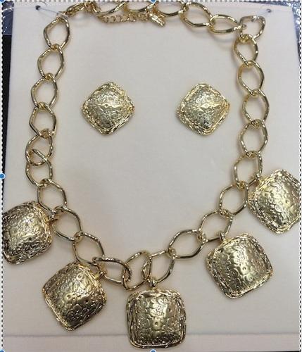 High Fashion Necklace Set