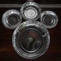 SECUND HAND SILVER HYDROLIC PAPER PLATE MACHINERY