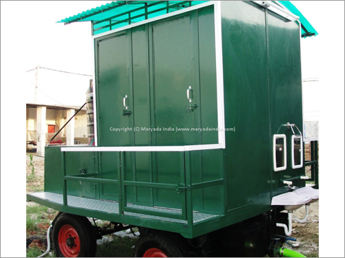 4 Seater Mobile Toilets