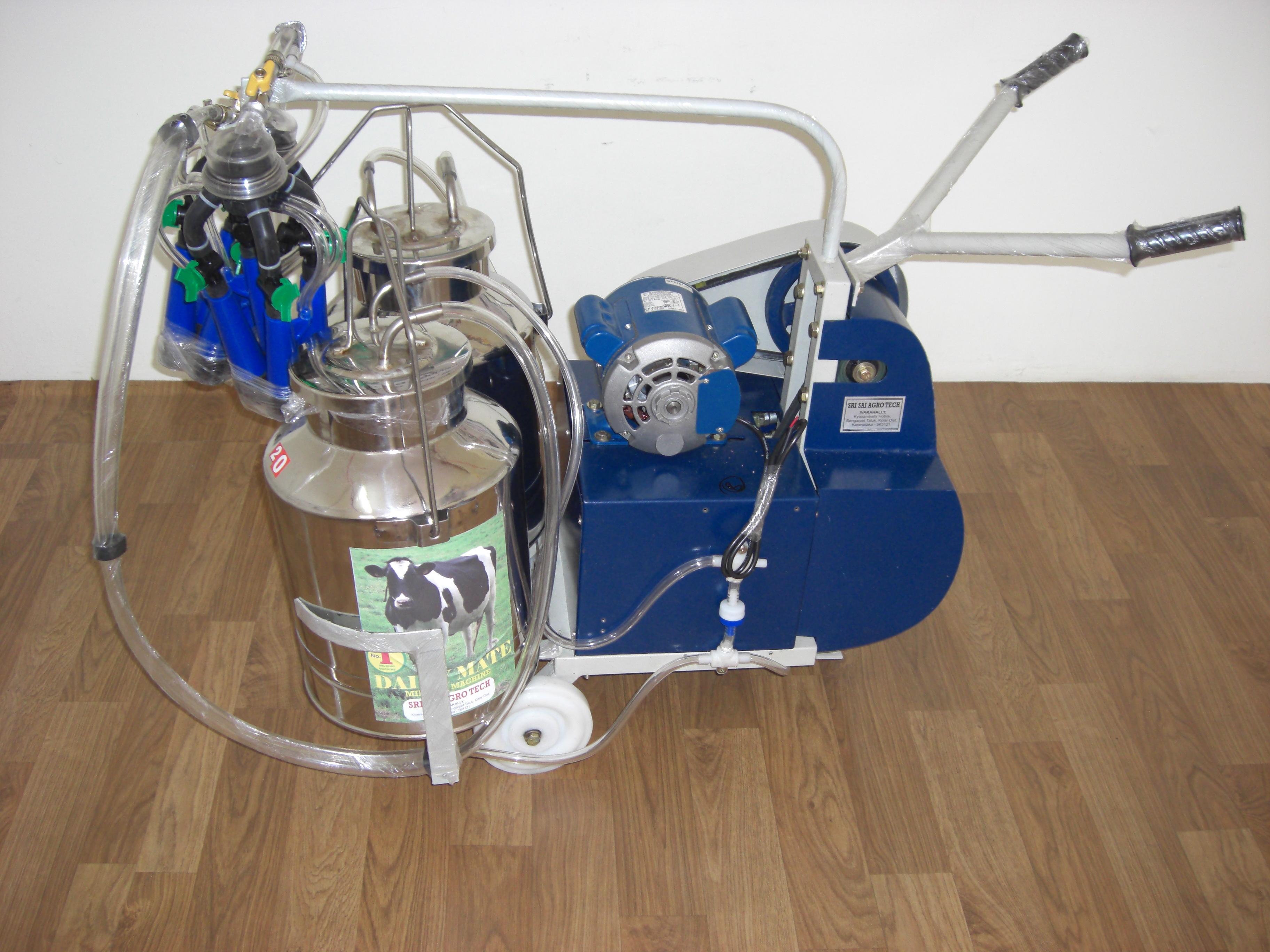 Motorized Double Bucket Milking Machine