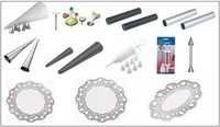 Decorating Tools & Doilies