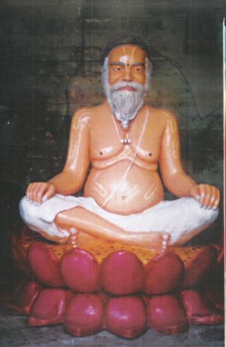 Gurudev Statue