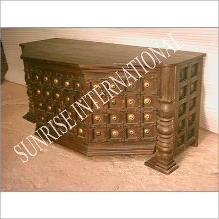 Traditional Furnitures