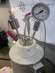 Manual Closure Reactor