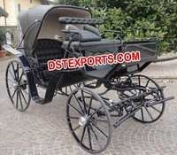 BLACK VICTORAI HORSE CARRIAGE