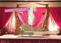 ASIAN WEDDING WOODEN PILLAR STAGE