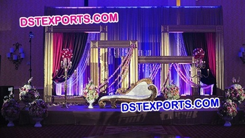 WEDDING STAGE WITH PHOTO FRAME BACKDROP