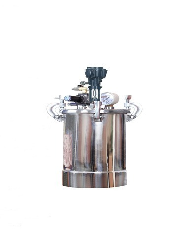 Pressure feed Tank S.S. with Pneumatic Stirrer