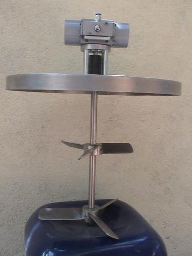 Oscillatory Pneumatic Stirrer