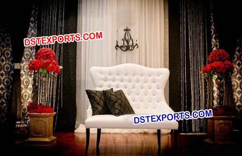 English Wedding White Stage Sofa