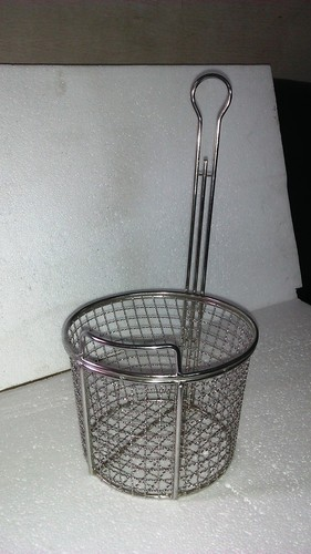 ROUND FRYER BASKET 10 MM GAPE MESH