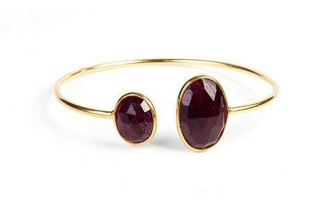 Dyed Ruby Gmestone Bracelete