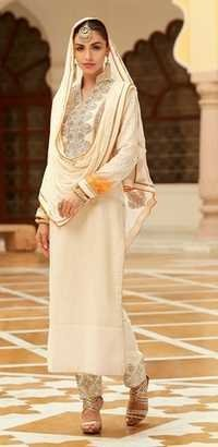 Attrective Salwar Kameez With Heavy Dupatta