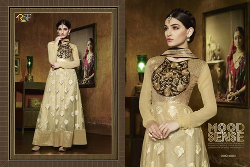 Designer and Havy Cream Long Sleeve Straight Suit