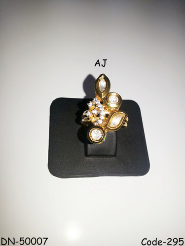 American Diamond Ring with Kundan
