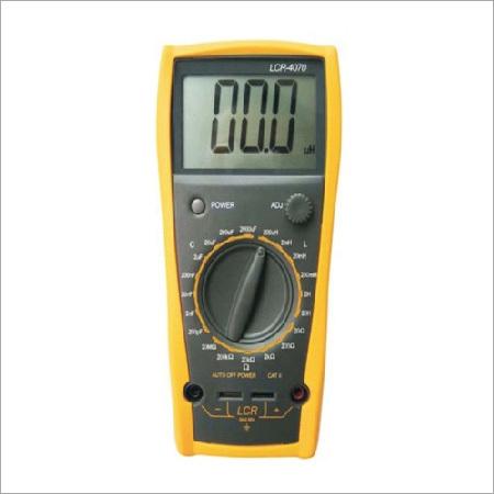 Capacitance / LCR / Milliohm Meter