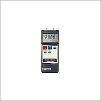 PM-9102 Manometer