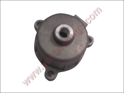OIL FILTER COVER RE 205
