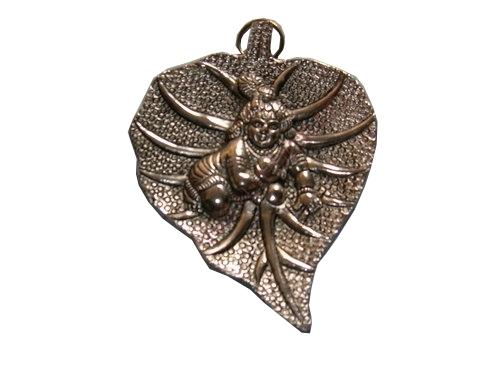 Hanging-Krishna-Patta