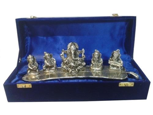 Plan 5 music Ganesh-5022
