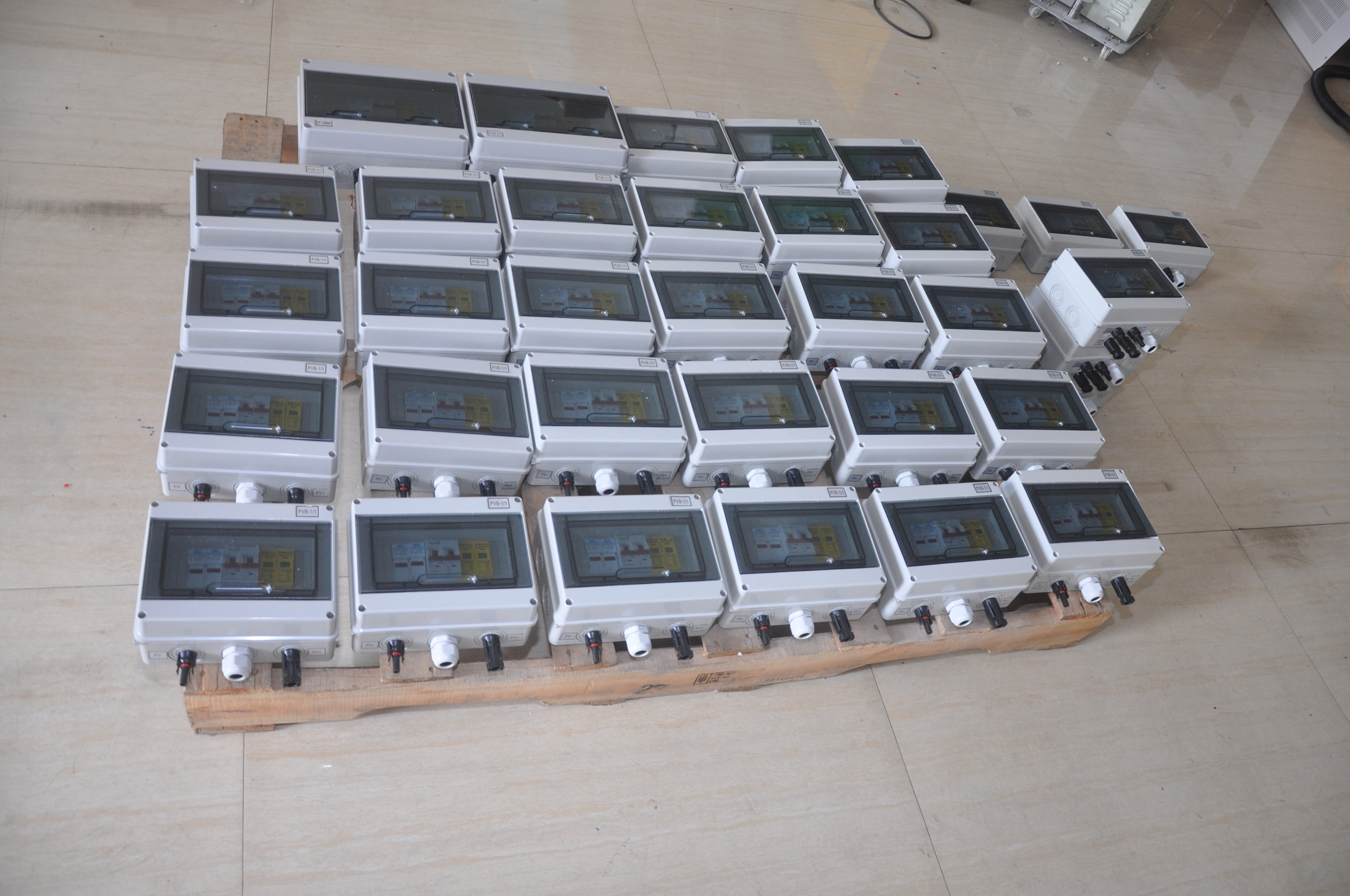 6 Strings PV Junction Box For Solar System