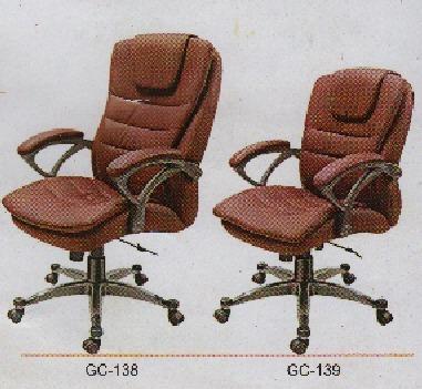 Portable Revolving Chair