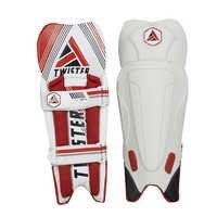 X MAN PRO Wicket Keeping Pad