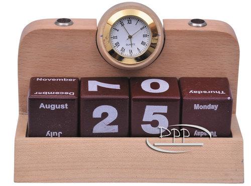 Wooden Desktop Calender