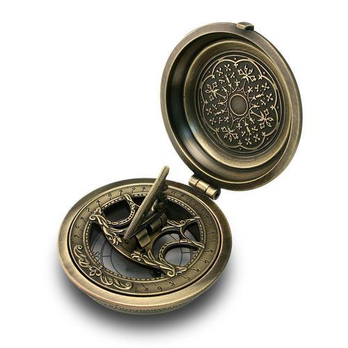 Antique Brass Nautical Pocket Sundial